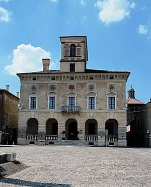 palazzo-ducale-Sabbioneta