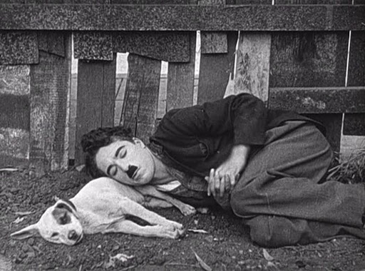 """Charlie Chaplin in """"Vita da cani"""""""