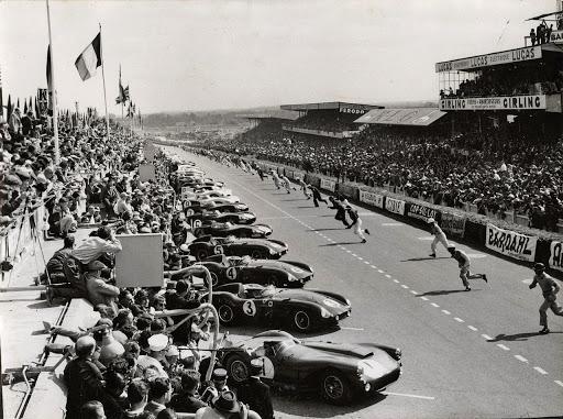 La partenza di 24 Ore di Le Mans